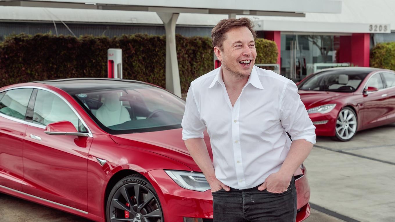 Elon Musk veut faire péter les voitures électriques pour qu'elles soient moins silencieuses