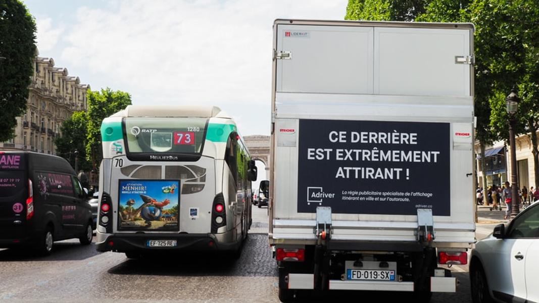 Tous les camions bientôt transformés en panneaux publicitaires XXL ?