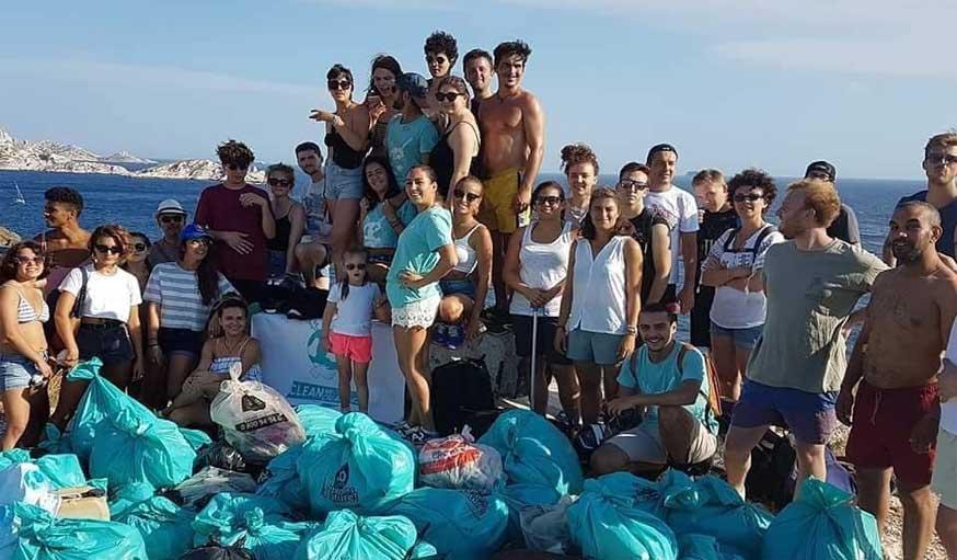 """Marseille organise une """"coupe de feu"""" façon Harry Potter pour nettoyer ses plages"""