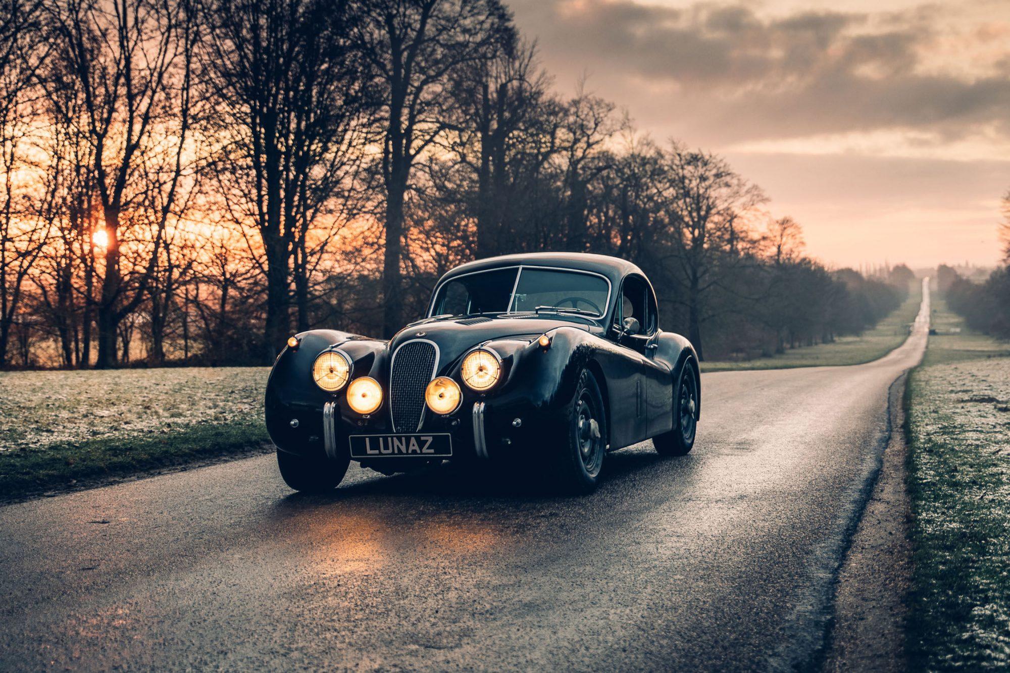 Lunaz, l'entreprise qui transforme les plus belles voitures anglaises en bolide électrique