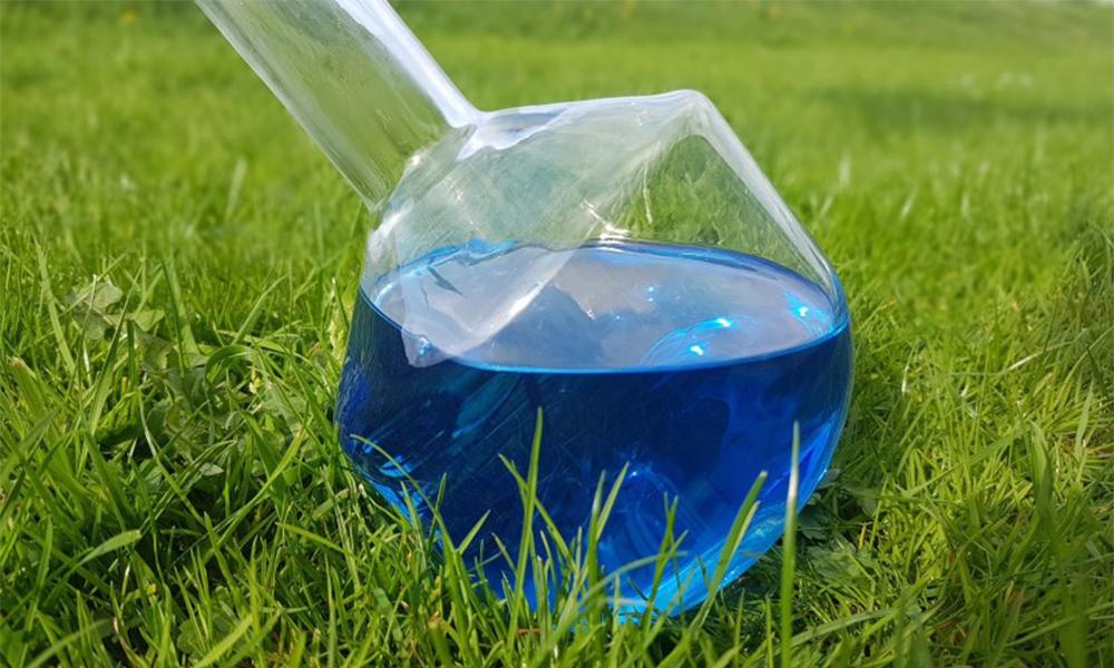Ce carburant bleu est un diesel modifié pour ne plus polluer