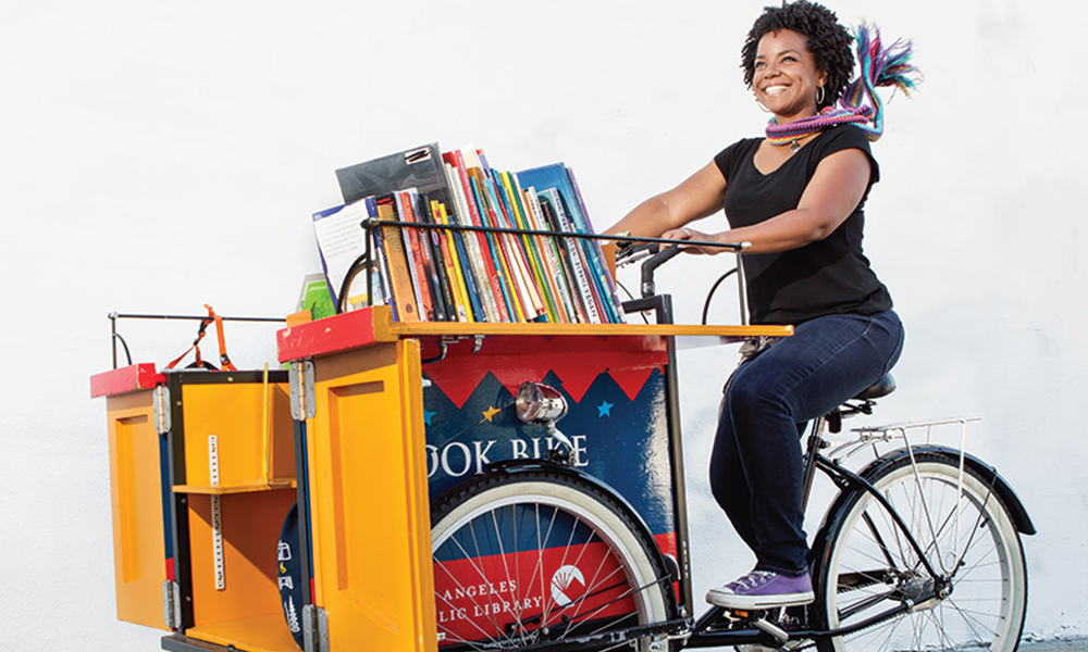 À Montpellier, ce vélo-librairie passe dans tous les quartiers sans bibliothèque
