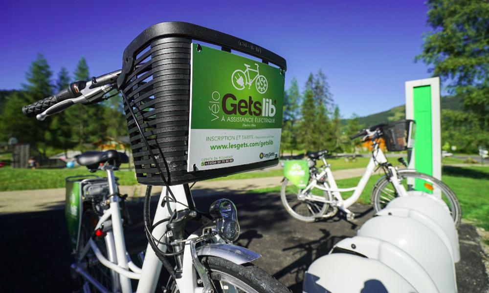 La Haute-Savoie propose des vélos électriques pour grimper en montagne sans effort