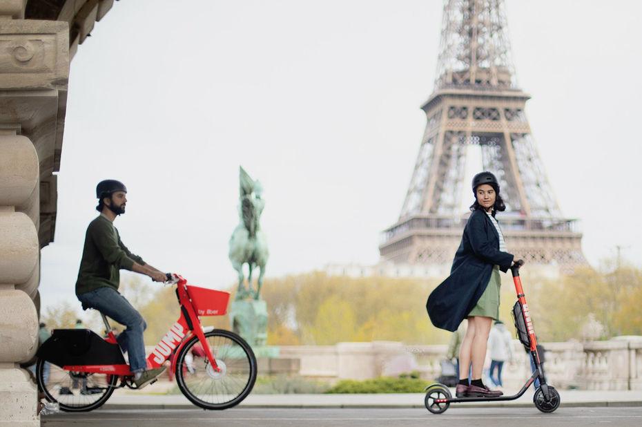 À Paris, le pari gagnant des vélos et trottinettes électriques d'Uber