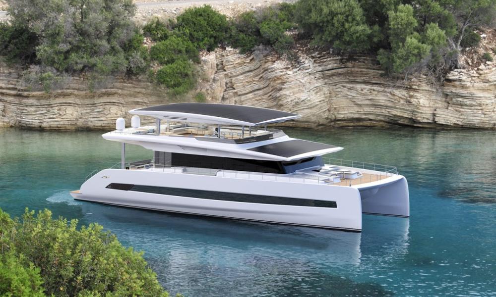Le plus grand yacht électrique solaire possède un garage… pour votre voiture électrique
