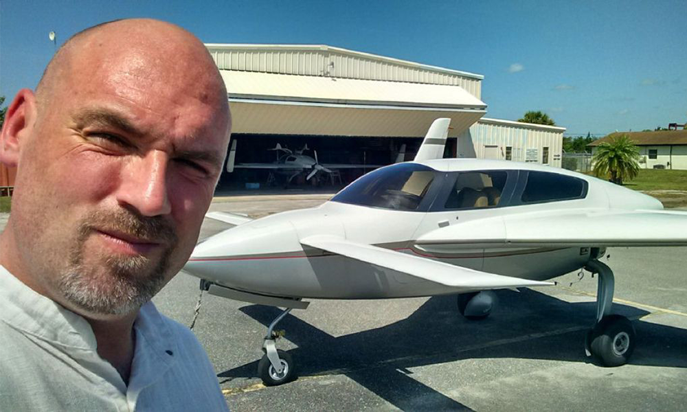 Pour planer très haut, ce Canadien a construit un avion à base de cannabis