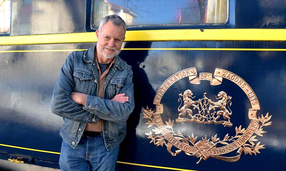 Fan de trains, il rachète des wagons de l'Orient Express pour en faire un hôtel