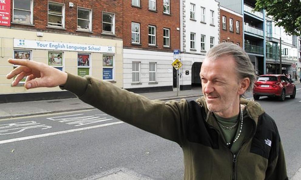 En Irlande, cette association transforme les SDF en guides touristiques