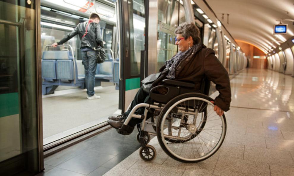 Attention à la marche: seulement 3% du métro parisien est accessible aux handicapés