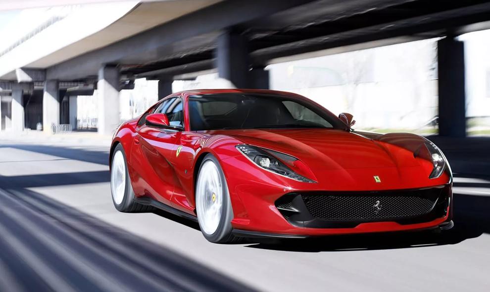 Tout le monde passe aux voitures électriques, même Ferrari