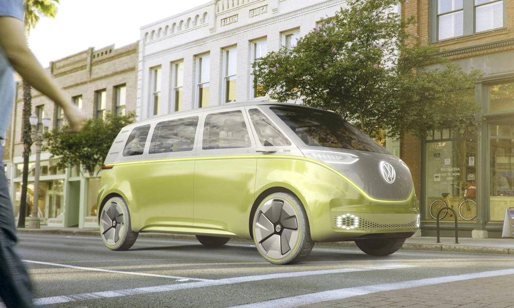 Accrochez vos ceintures, le mythique Combi VW va revenir en version autonome