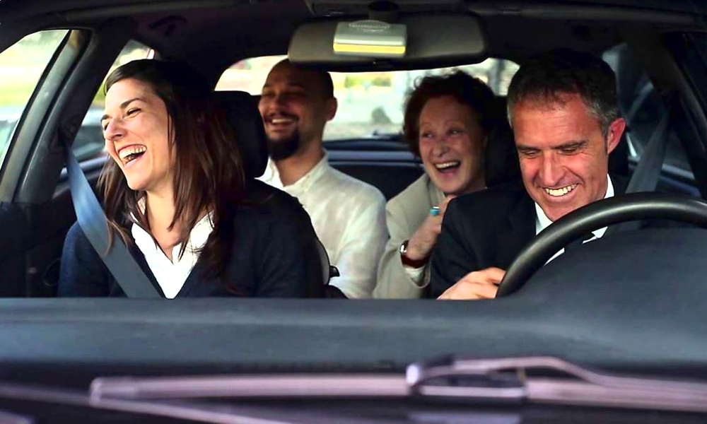 Non, la voiture n'est pas morte : pour 6 Français sur 10, elle facilite le lien social