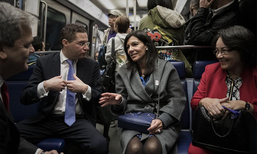 Les transports parisiens bientôt gratuits pour les -18 ans (si Anne Hidalgo est réélue)