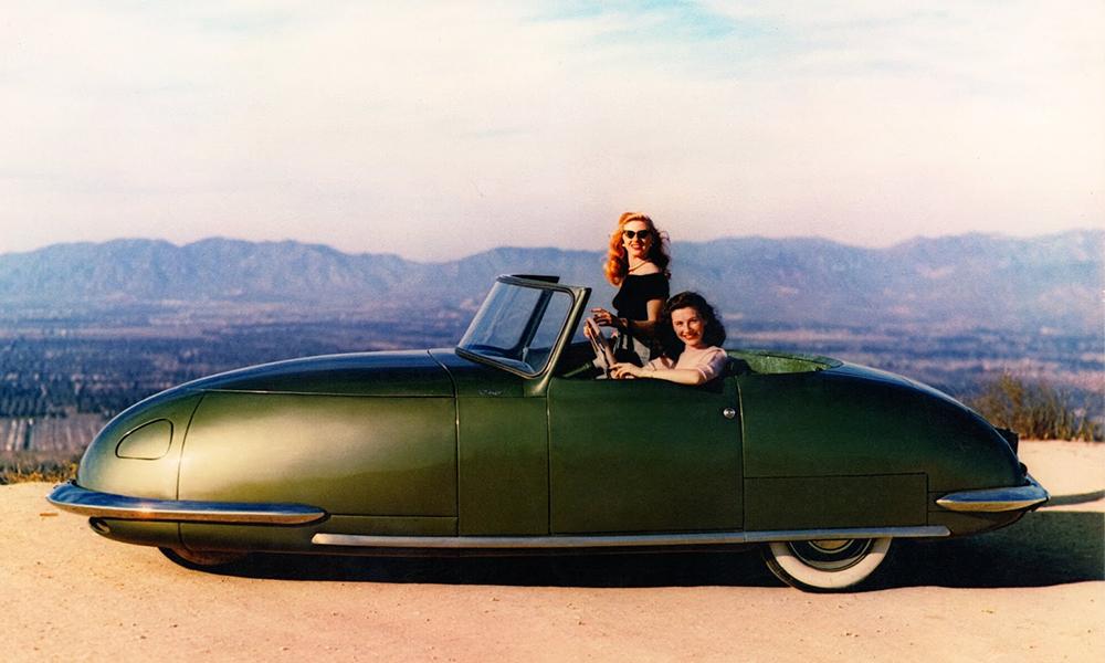 L'histoire incroyable de cette voiture fusée construite en 1948