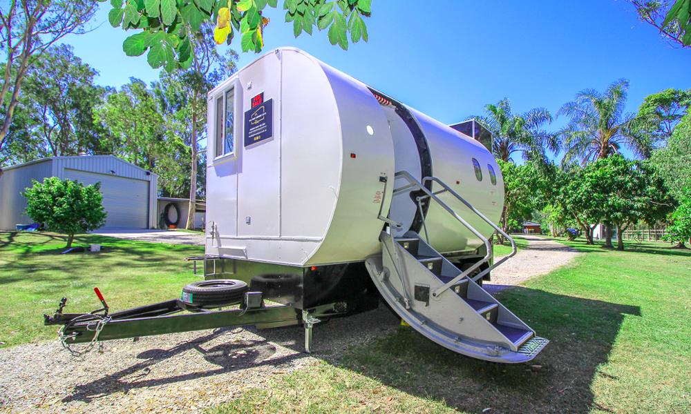 Rien ne se perd : cette micro maison a été fabriquée grâce à un fuselage d'avion