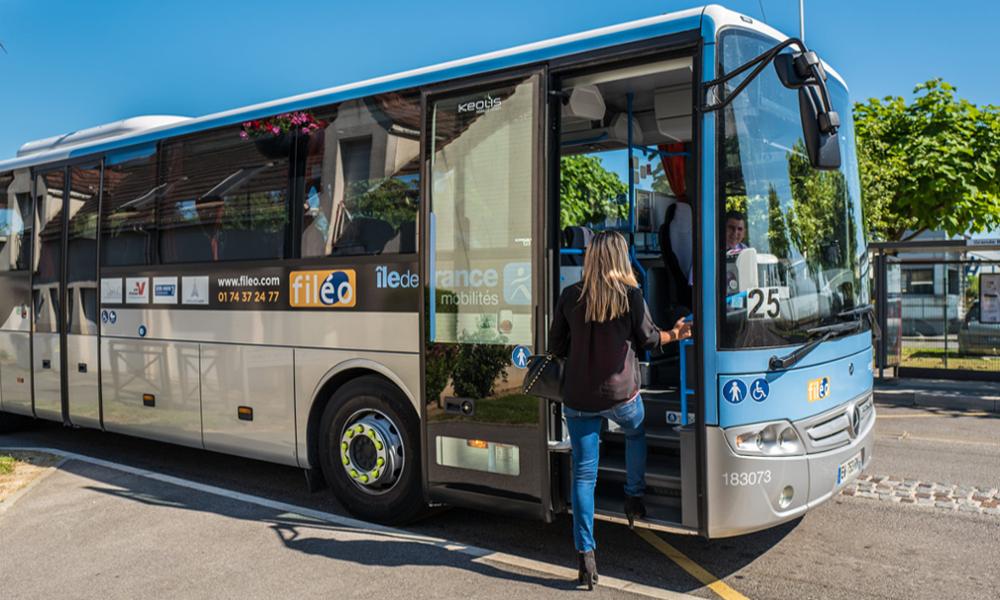 Dans les déserts ruraux, cette startup transforme chaque bus en «transport à la demande»