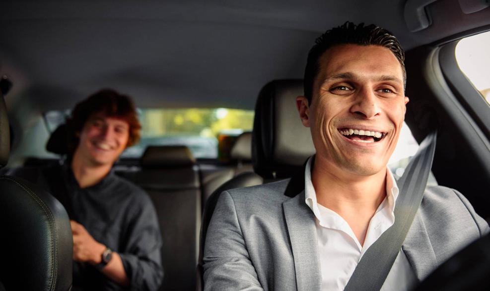 Coup de tonnerre chez Uber: l'État pourrait requalifier les chauffeurs français en salariés