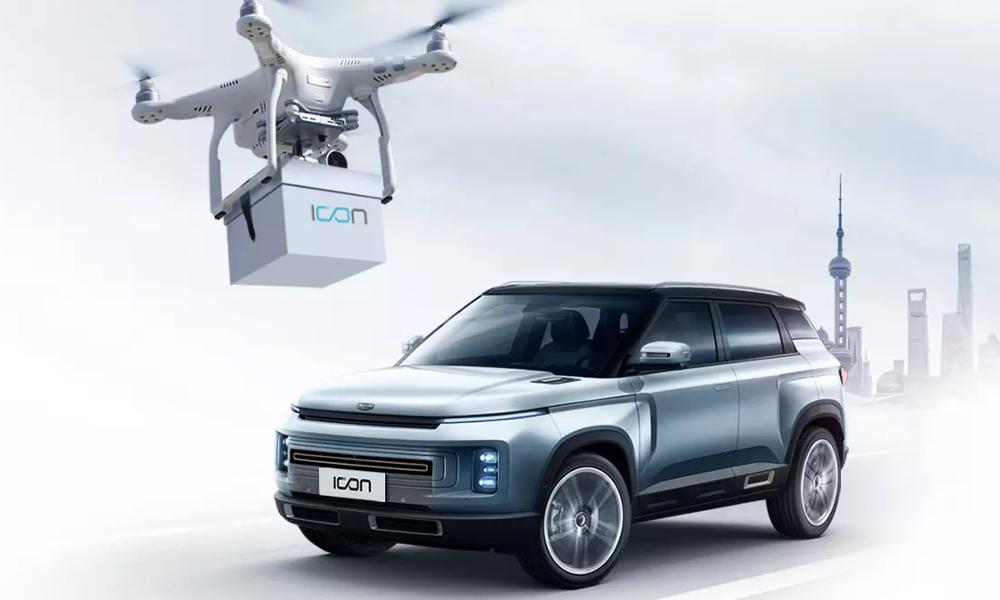 Pour empêcher les contaminations, les clefs de ce SUV sont livrées par un drone