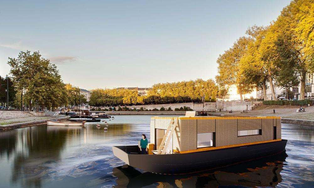 À Nantes, un couple plaque tout et se fait construire une maison-bateau