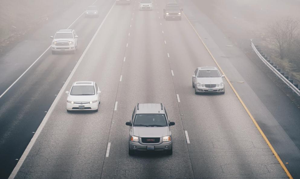 Les voitures sont-elles vraiment responsables de la pollution urbaine ? Un expert nous répond