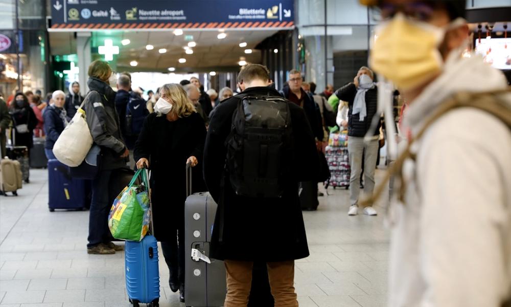 Distanciation : pourquoi les règles ne sont pas les mêmes dans les trains et les avions ?