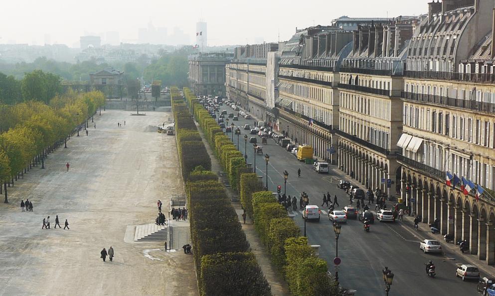 À Paris, la mythique rue de Rivoli bientôt interdite aux voitures