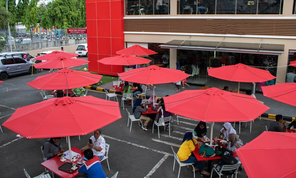 À Paris, bars et restos pourraient rouvrir… dans la rue