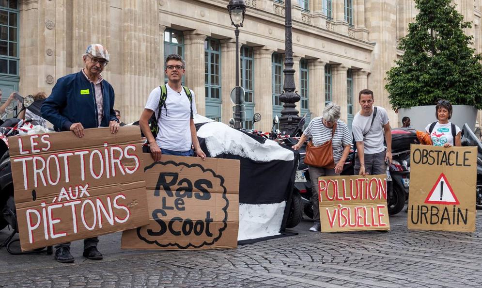 Rencontre avec Ras-le-Scoot, le collectif qui veut en finir avec les deux-roues