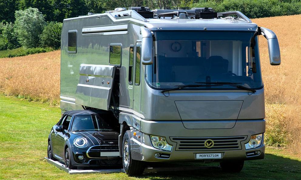 Et si vous partiez en week-end avec la voiture garée DANS le camping-car ?