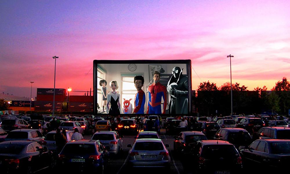 Ce drive-in parcourt la France pour amener le cinéma près chez vous