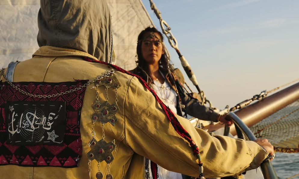 Depuis 3 mois, le bateau solaire de ces musiciens écolos est coincé en mer