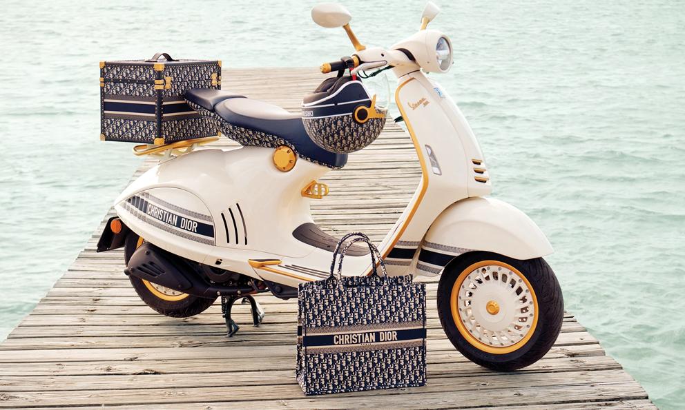 Le comble du luxe, c'est ce Vespa signé Christian Dior