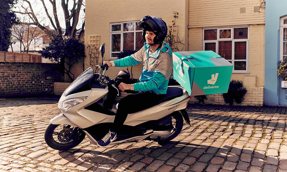 C'est nouveau : Deliveroo peut livrer vos courses du supermarché en 30 minutes