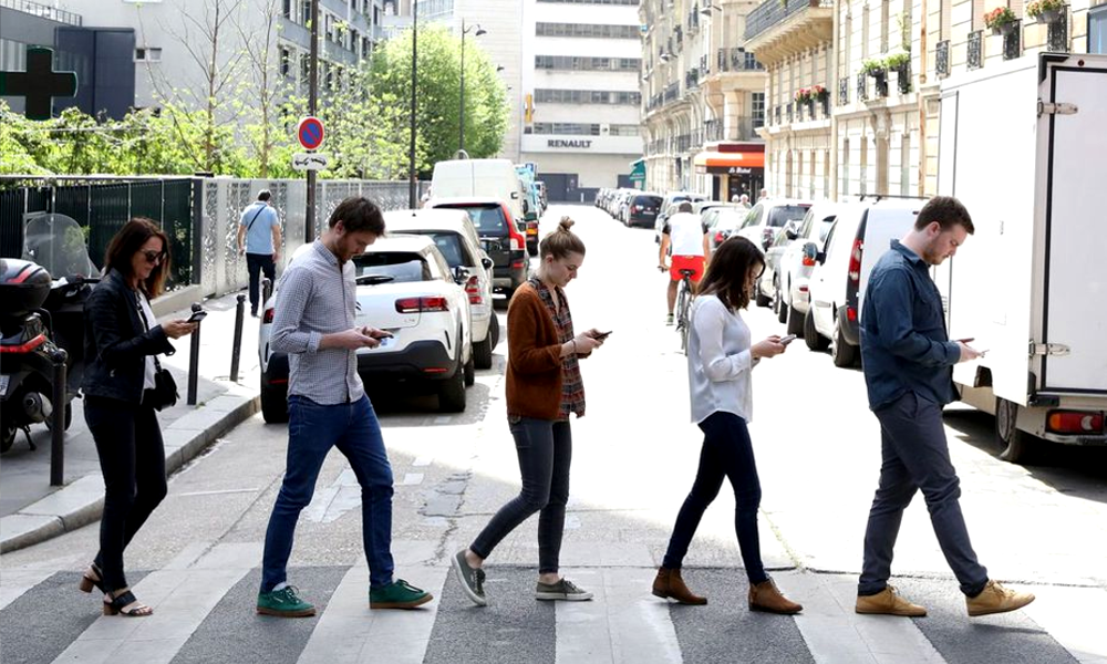 La RATP lance une appli pour protéger les accros au smartphone