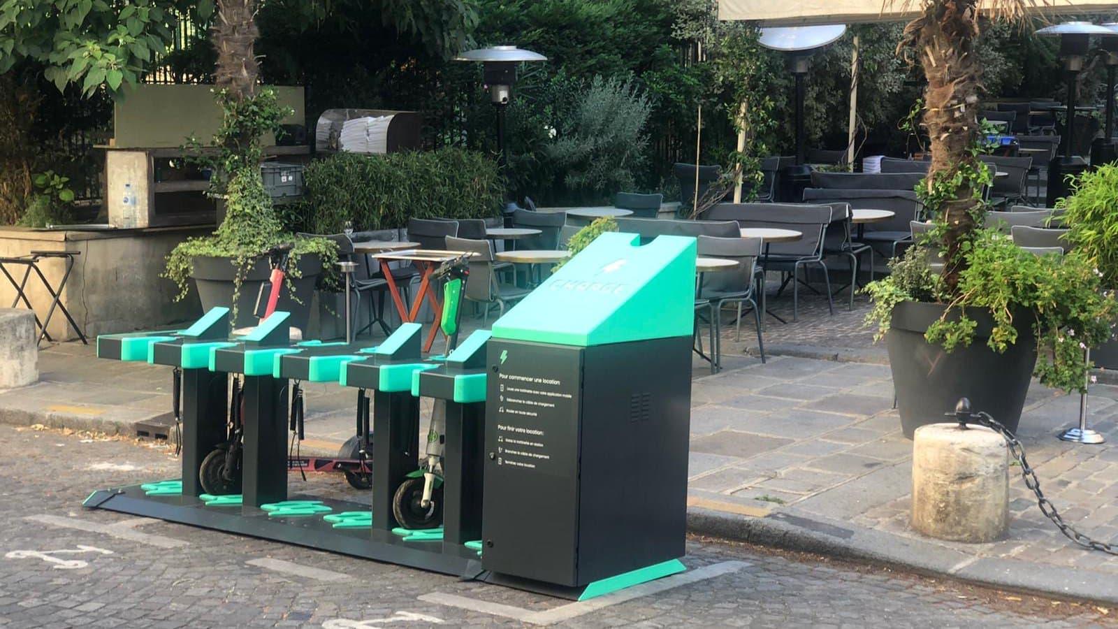 Les stations de recharge pour trottinettes électriques arrivent enfin à Paris