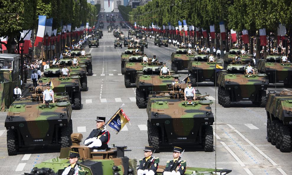Tout fout le camp : même l'armée française passe aux véhicules écologiques