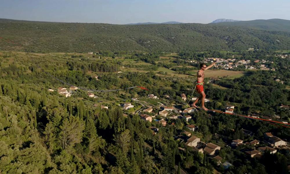Attention vertige: à Montpellier, on peut marcher dans le vide