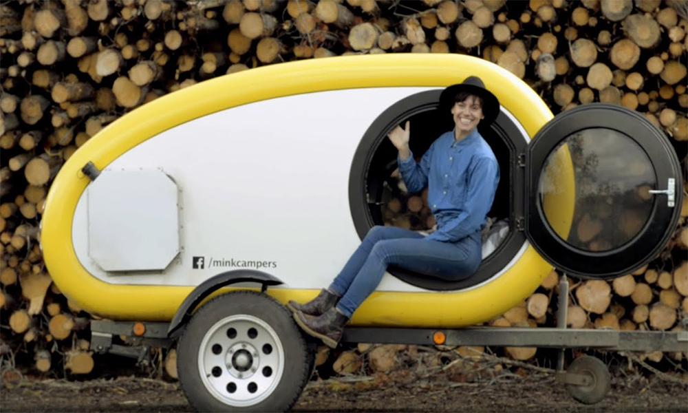 Pour les campeurs solitaires, il y a cette caravane de 4 m²