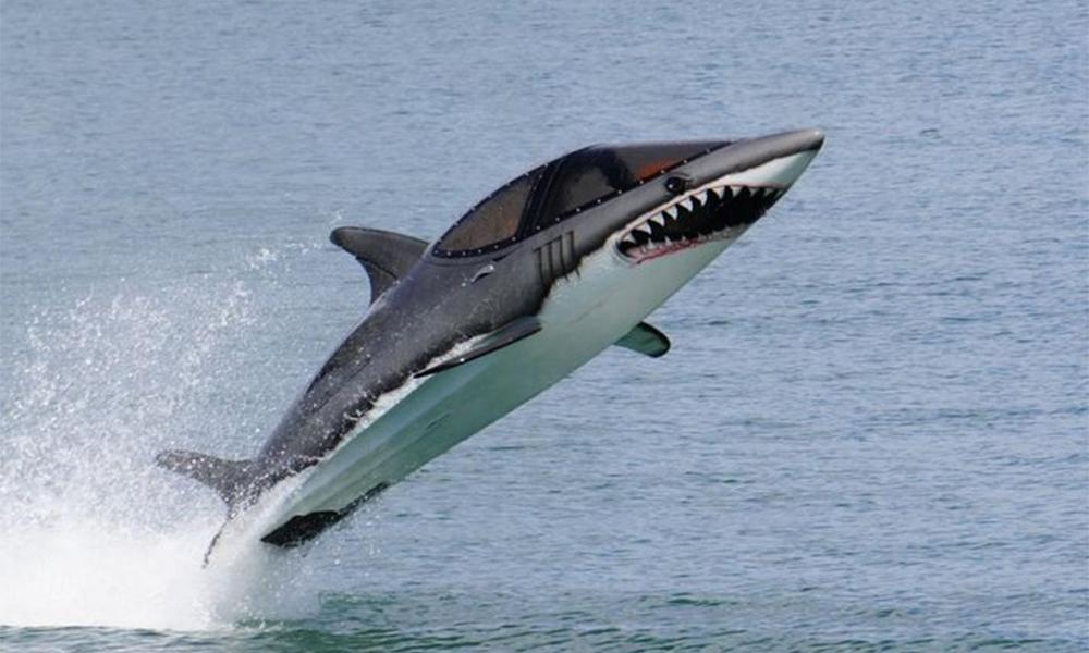 Le jet-ski c'est ringard, l'avenir c'est ce sous-marin requin