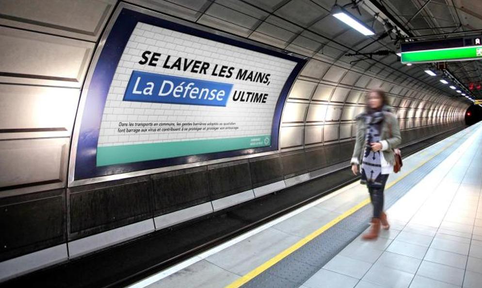 Il renomme les stations de métro parisiennes pour sensibiliser aux gestes barrières
