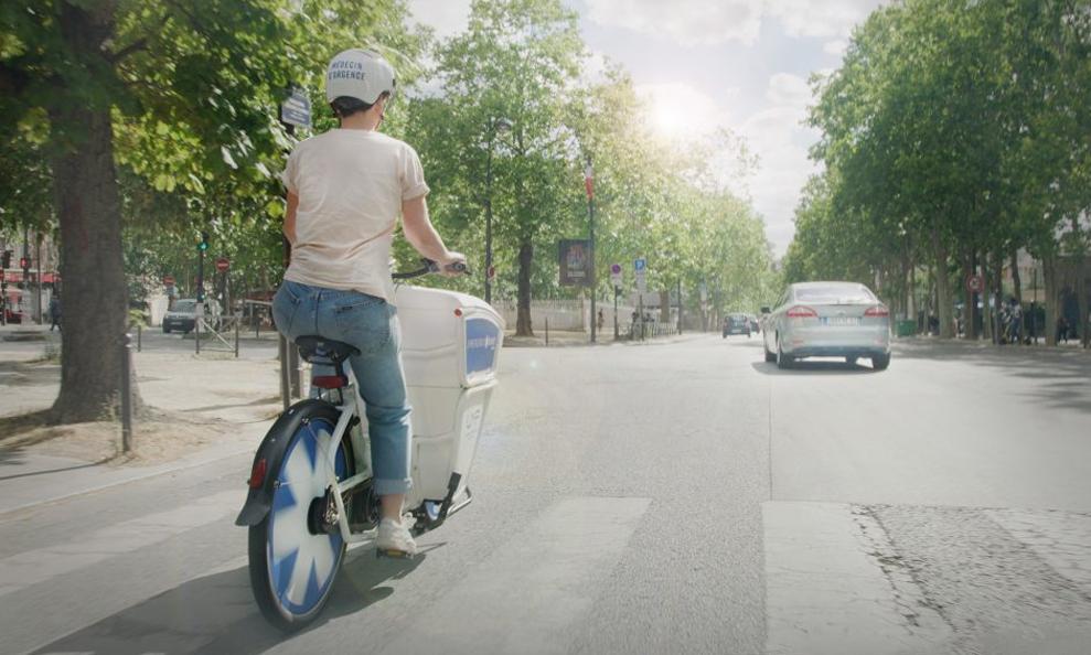 Deux fois plus rapide, ce vélo électrique pour les médecins va sauver des vies