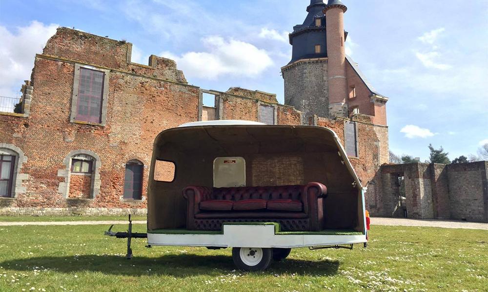 Ce Belge retape les caravanes abandonnées pour toutes vos soirées