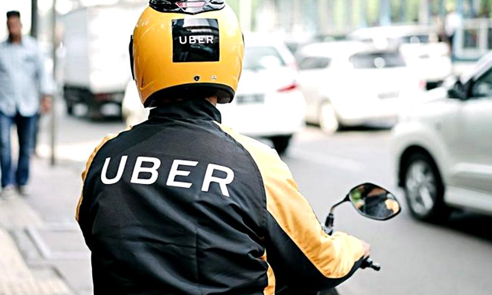 À Paris, Uber propose désormais des courses de taxi en moto et scooter