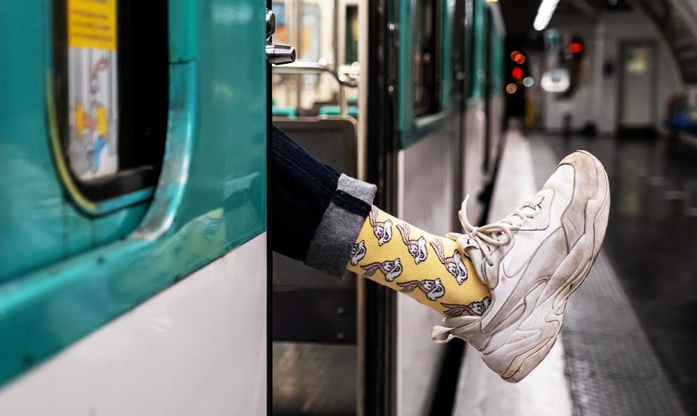 """Stylé comme jamais avec ces chaussettes spécial """"Serge le Lapin"""" de la RATP"""