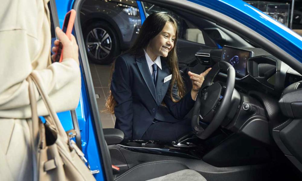 En Angleterre, ce sont les enfants qui réclament une voiture électrique à leurs parents