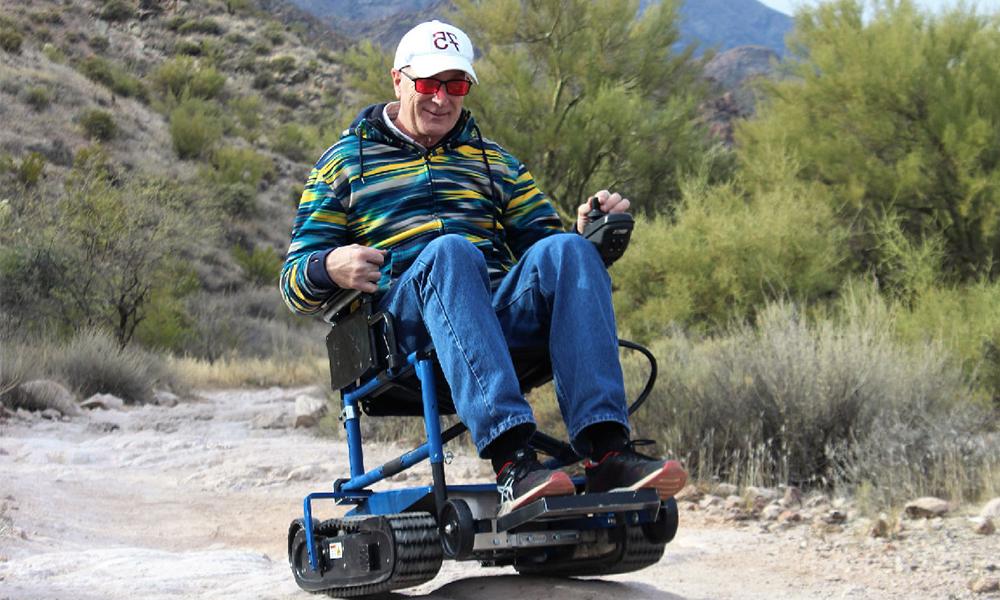 Freedom Trax : des chenilles pour transformer les fauteuils roulants en 4X4