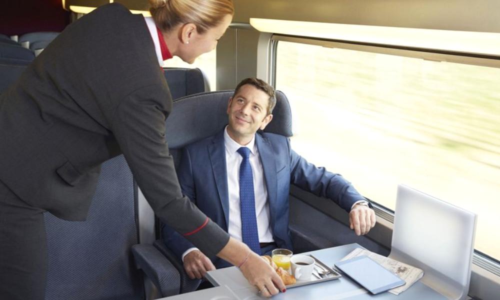 Oui, il existe une carte SNCF réservée aux grands patrons et aux ministres