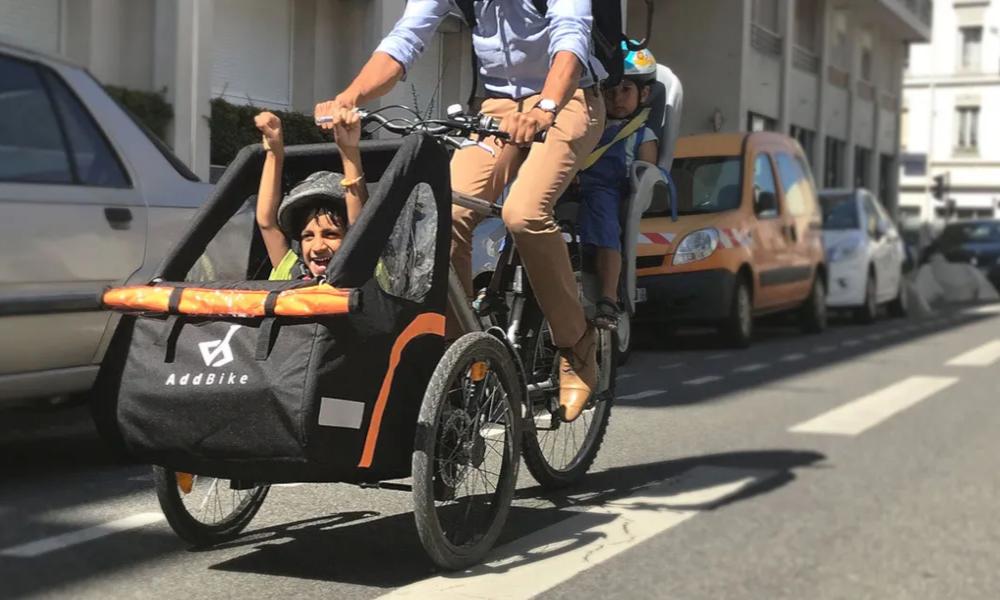 Avec Véligo, les petits Parisiens vont à l'école en vélo-cargo
