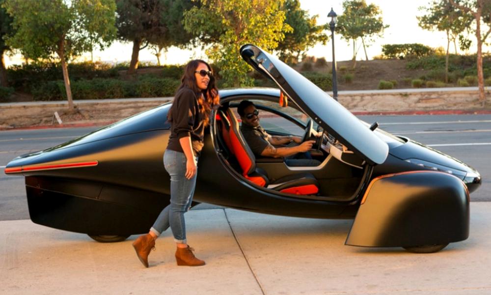 Pour 22 000 €, offrez-vous cette voiture solaire qu'on ne recharge jamais