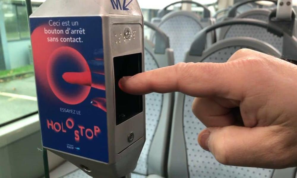 Holostop : un bouton hologrammepour éviter les contacts dans les bus